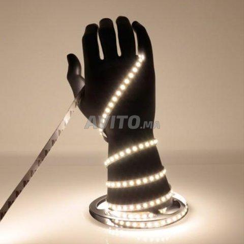 Ruban LED 5m 5050 étanche RGB 14W/m - 8