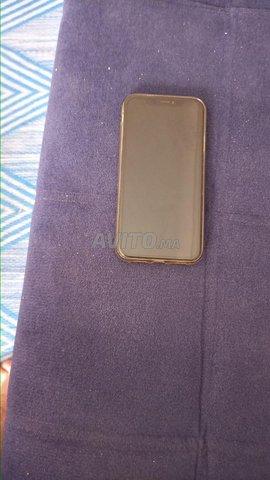 iphone XR en tres bonne etat - 8