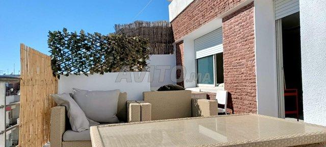 bel appartement  à louer 2 terrasse  agdal - 4