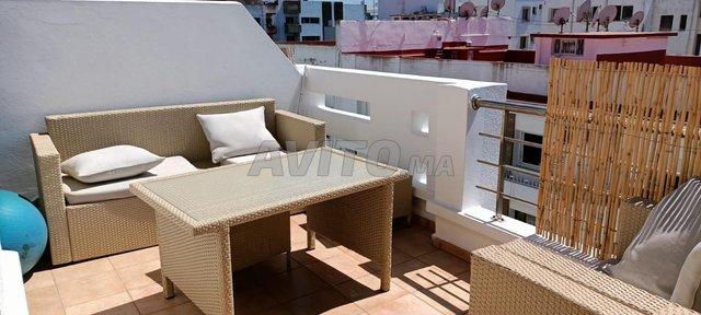 bel appartement  à louer 2 terrasse  agdal - 1