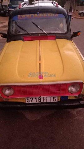 r4 Renault - 4