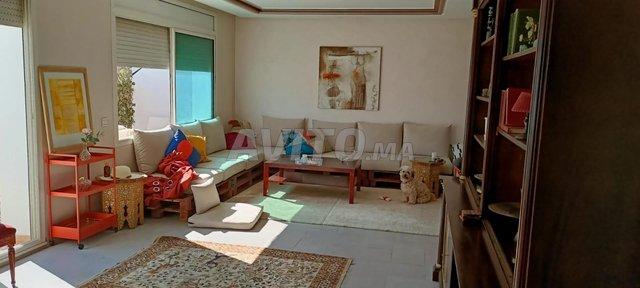 bel appartement  à louer 2 terrasse  agdal - 3