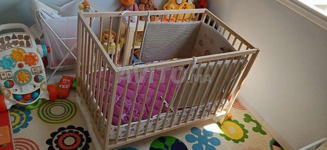 lit pour bébé - 1