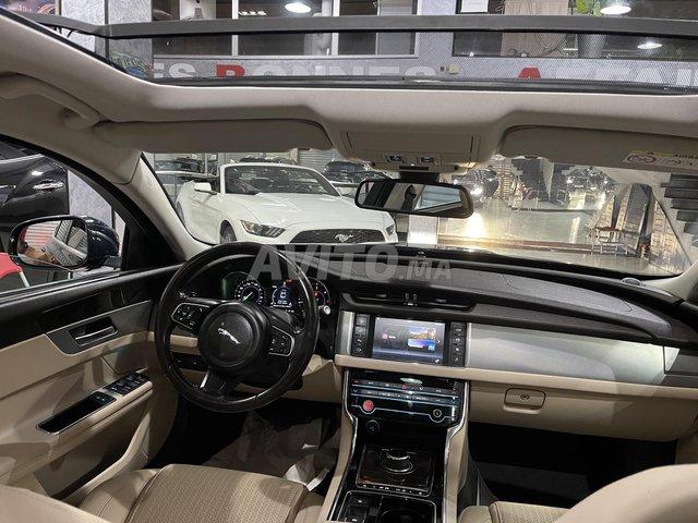 Jaguar XF toit panoramique  - 5
