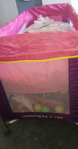 Lit parapluie avec matelas - 3