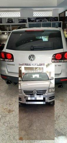 Volkswagen Touareg - 1