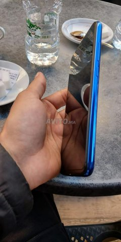 Xiaomi note 7 4/64 comme neuf - 3