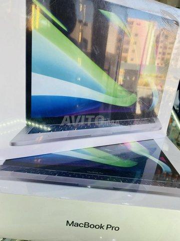 MacBook Pro M1  - 1