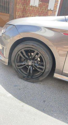 Jantes 17 pouces avec pneu noir  - 2