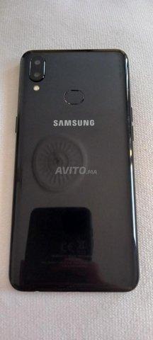 Samsung Galaxy A10s trés bon état avec empreinte - 1