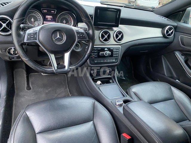 Mercedes Benz CLA 220 - 4