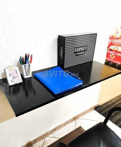 table moderne à vendre - 2