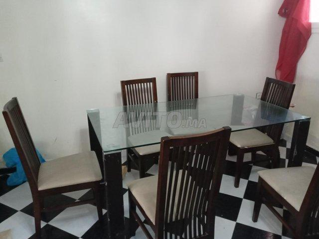 Table salon ou salle à manger  - 1
