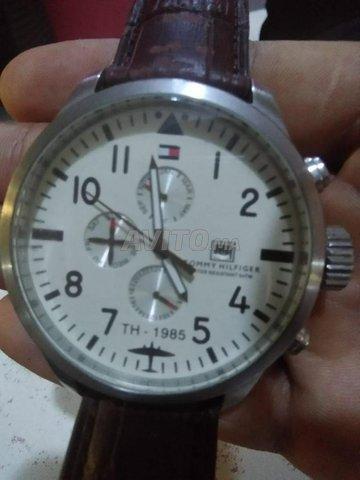 ساعة مستعملة للبيع original النوع TOMMY HILFIGER  - 1