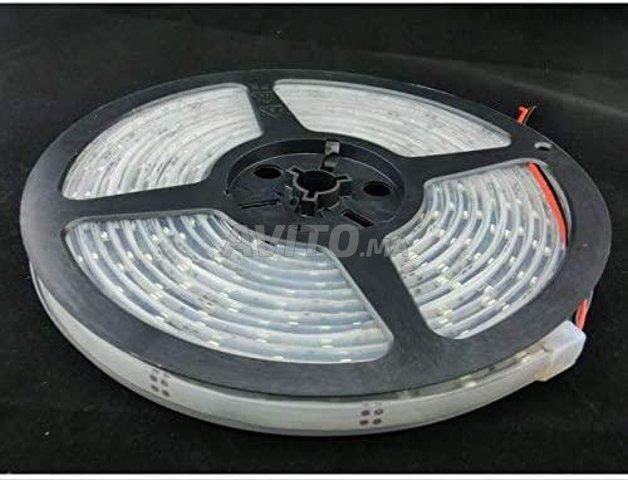 Ruban à LED RGB 5m IP68 étanche et immergeable - 2