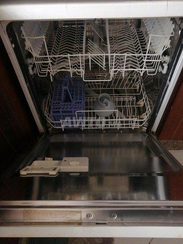 réfrigérateur et lave vaisselle  - 1