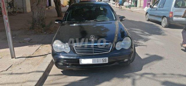 Mercedes 220 - 1