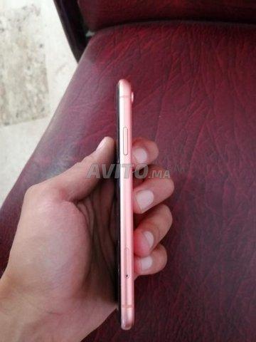 iPhone XR  - 6