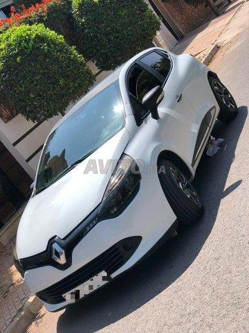 Renault Clio  - 5