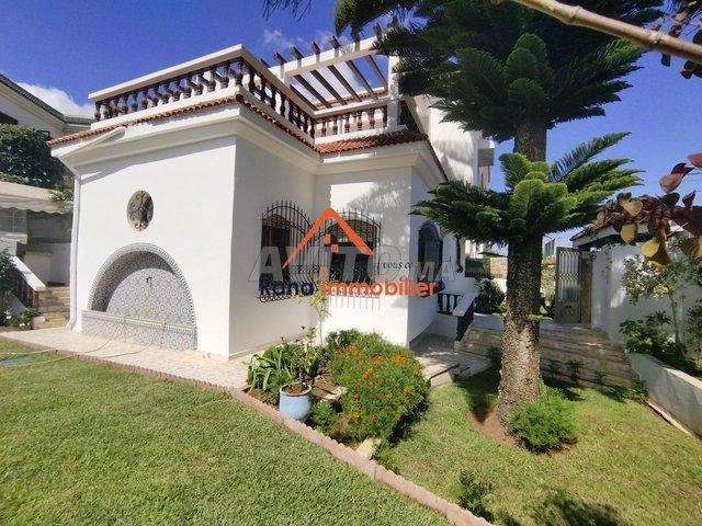 villa à louer sur Hay Riad - 1
