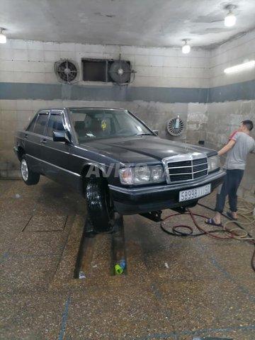 Mercedes 190 - 1