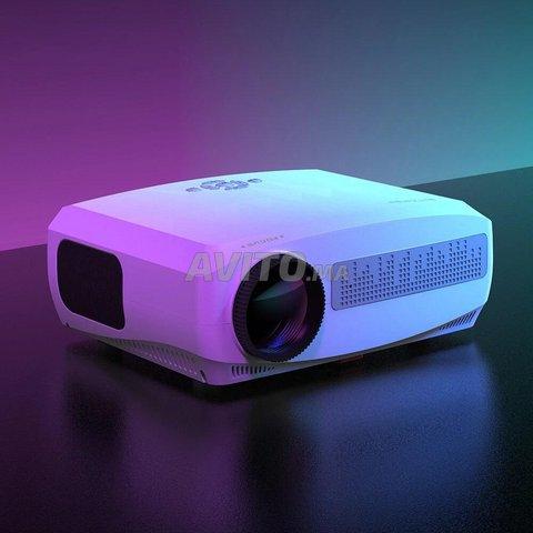 Video Projecteur home-cinema - 2