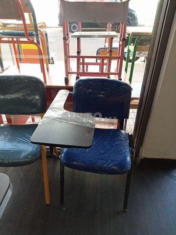 chaise iso avec écritoire en bois - 2