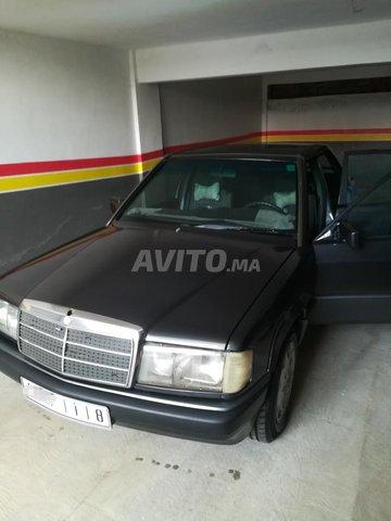 Mercedes 190 - 6