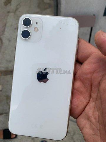 iPhone 11 - 3