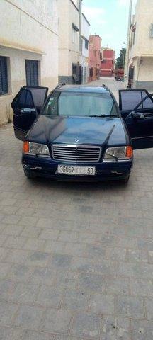 Mercedes-Benz - 4