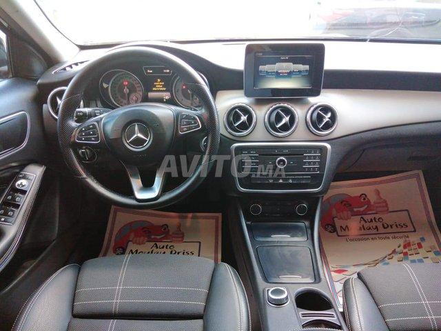 Mercedes-Benz Classe GLA 180 W Maroc Diesel - 2