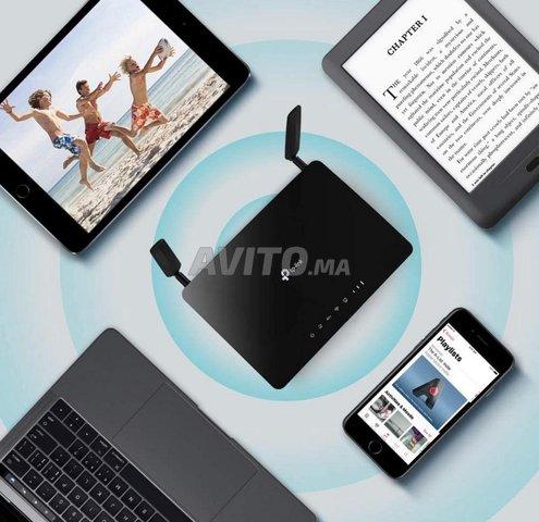 Routeur 4G LTE Compatible Tous opérateurs  - 1