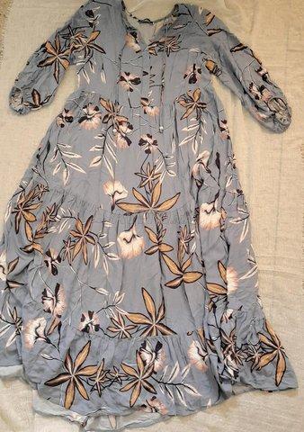 Robe fleurie  - 1