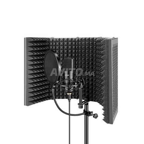 Panneau acoustique pour isolation de microphone - 1