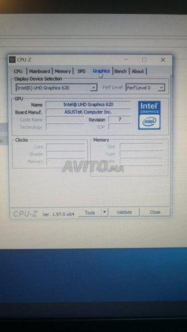 Asus Vivobook - 8