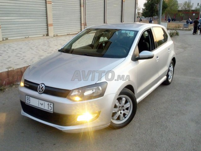 Volkswagen Polo diesel 1er main DW 2015 bluemotion - 1