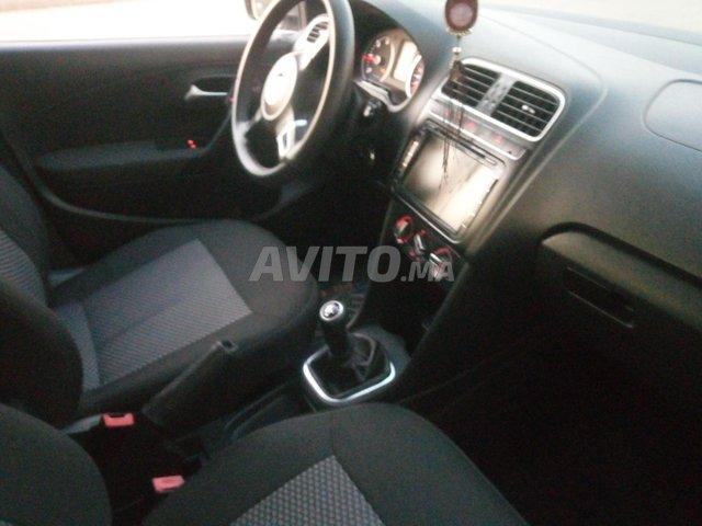 Volkswagen Polo diesel 1er main DW 2015 bluemotion - 6