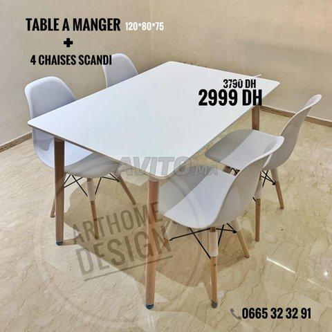 PROMO- TABLE A MANGER SCANDINAVE - 1