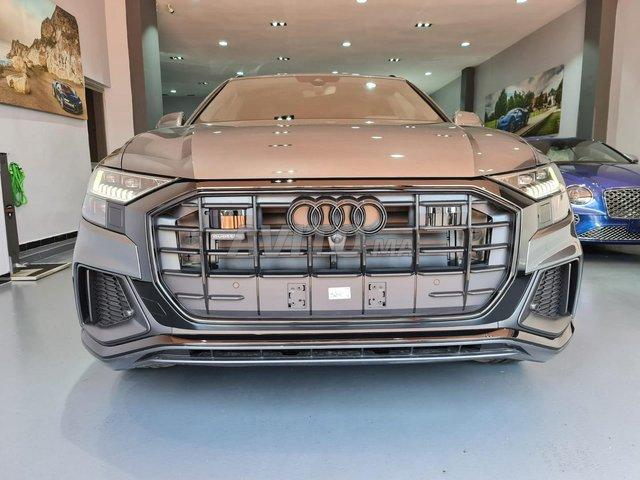 Audi Q8 S-Line Black Pack - 1