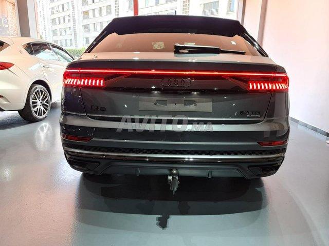 Audi Q8 S-Line Black Pack - 2
