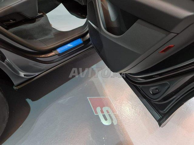 Audi Q8 S-Line Black Pack - 4