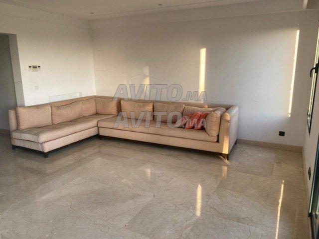 Appartement en Location (Par Mois) à Bouskoura - 3