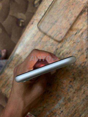 iPhone 11  - 5