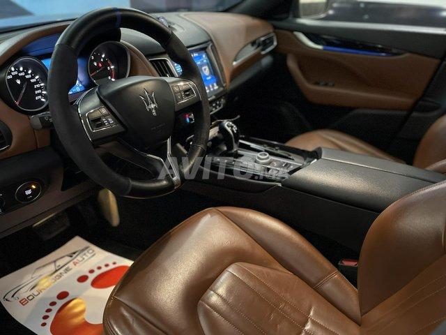 Maserati levante  - 4