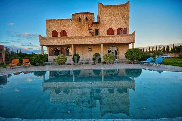 villa avec piscine privée - 1