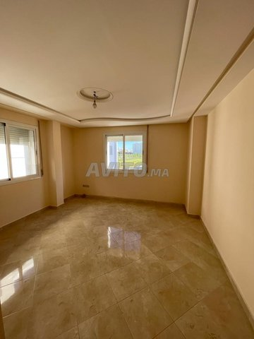 شقة فاخرة للبيع قرب مرجان - 1