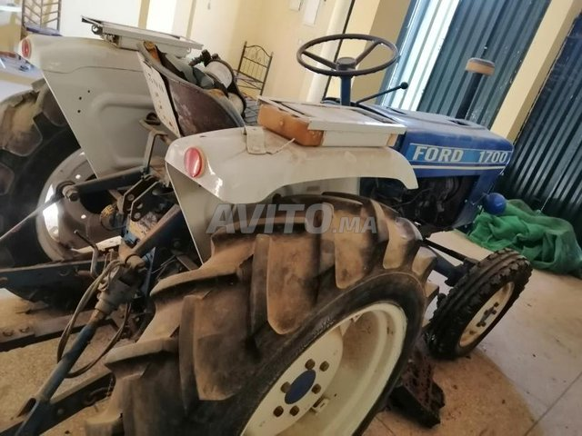 tracteur Ford 1700  - 5
