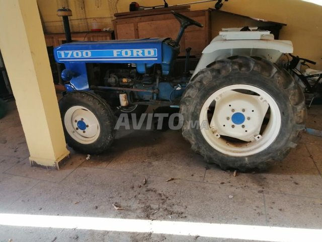 tracteur Ford 1700  - 6
