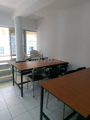 Tables de réunions ( table et chaises )  - 5