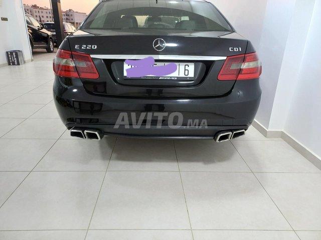 Mercedes  E220 - 1